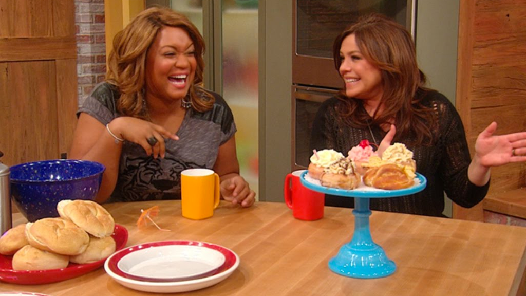Sunny Anderson sunnyanderson - celebrity chef and tv personality